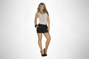 hands on hips model women high heels simple background ana maria cordoba blonde