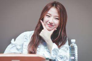 haseul loona k-pop women