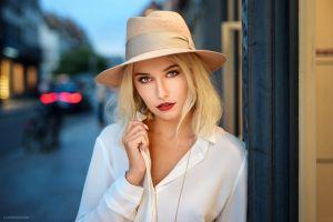hat red lipstick blonde portrait hat women lods franck