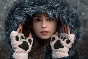 hoods women cold face model snow