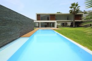 house modern swimming pool architecture