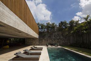 house swimming pool modern
