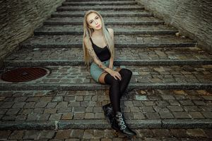 knee-highs necklace black stockings tattoo stairs shoes portrait blonde women blue eyes long hair skirt sitting