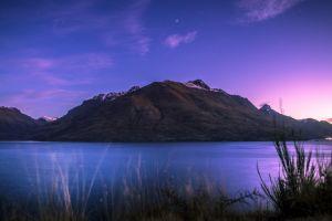 lake wakatipu new zealand mountains purple lake
