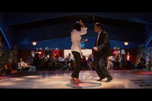 men actor dancing restaurant john travolta women vincent vega actress uma thurman movies pulp fiction