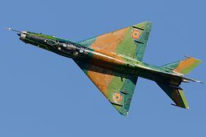 mig-21 military aircraft vehicle aircraft