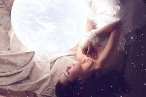 model photography bare shoulders asian women