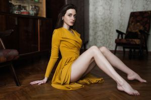 model portrait depth of field wooden floor women indoors photography barefoot brunette chair on the floor indoors dress sitting wooden surface women