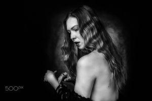 model women 500px monochrome long hair