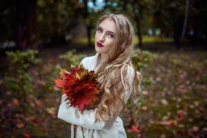 model women outdoors coats white coat blonde