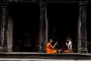 photography religious women men bald head long hair monastery column buddhism monks