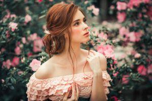 portrait glamour women women glamour olga boyko outdoors alexandra girskaya model looking up brunette depth of field flowers bare shoulders women outdoors bokeh