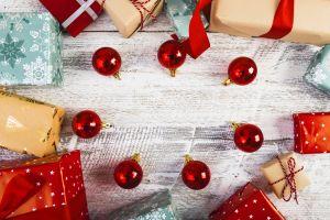 presents christmas christmas ornaments