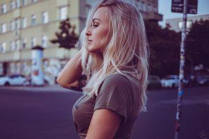 profile 500px blonde side view hands in hair women model
