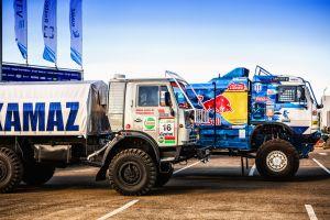 rally vehicle truck