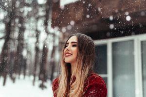 smiling women outdoors winter women model ombre hair