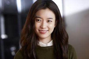 south korea looking away asia frontal view actress han hyojoo