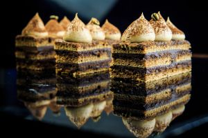 sweets food reflection cake