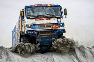 vehicle rally truck dirt racing numbers