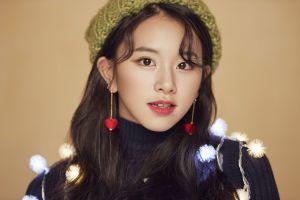 warm colors women twice chaeyoung k-pop singer asian twice k-pop christmas