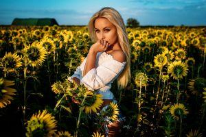 white tops looking at viewer depth of field blonde sky blue yellow flowers bare shoulders women portrait women outdoors sunflowers jean shorts outdoors model sky