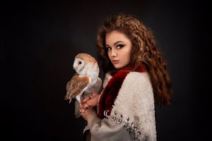 women brunette alina zaslavskaya grigoriy lifin looking at viewer women indoors portrait dark background red nails face indoors owl animals birds model