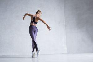 women fitness model blonde model dancer