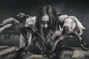women horror demon