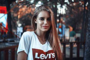 women outdoors long hair urban levi's model women necklace portrait