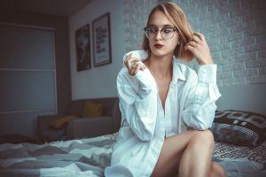 women women indoors model women with glasses