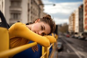yuriy lyamin ksenia kokoreva women outdoors yellow clothing women portrait