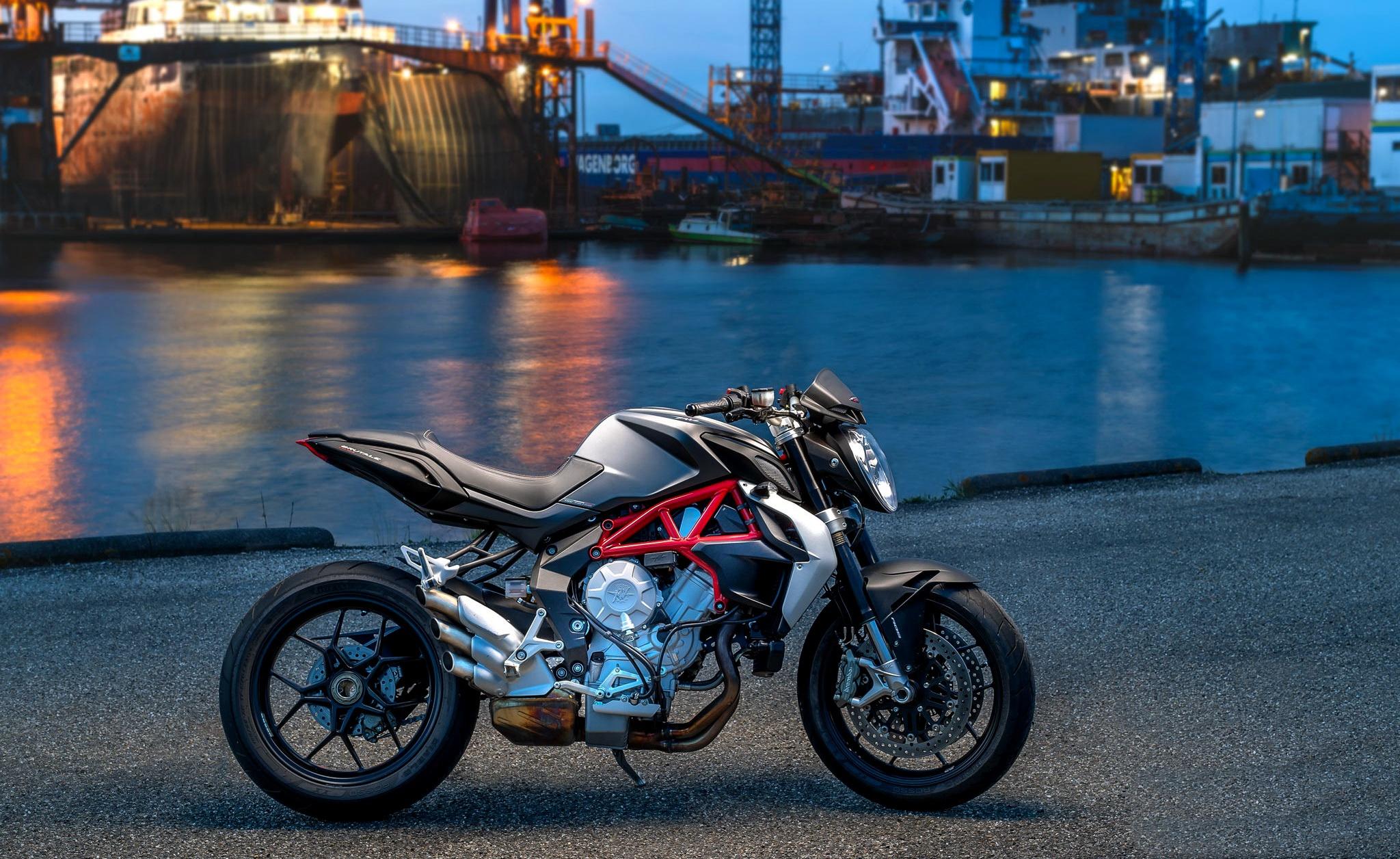 water harbor motorcycle