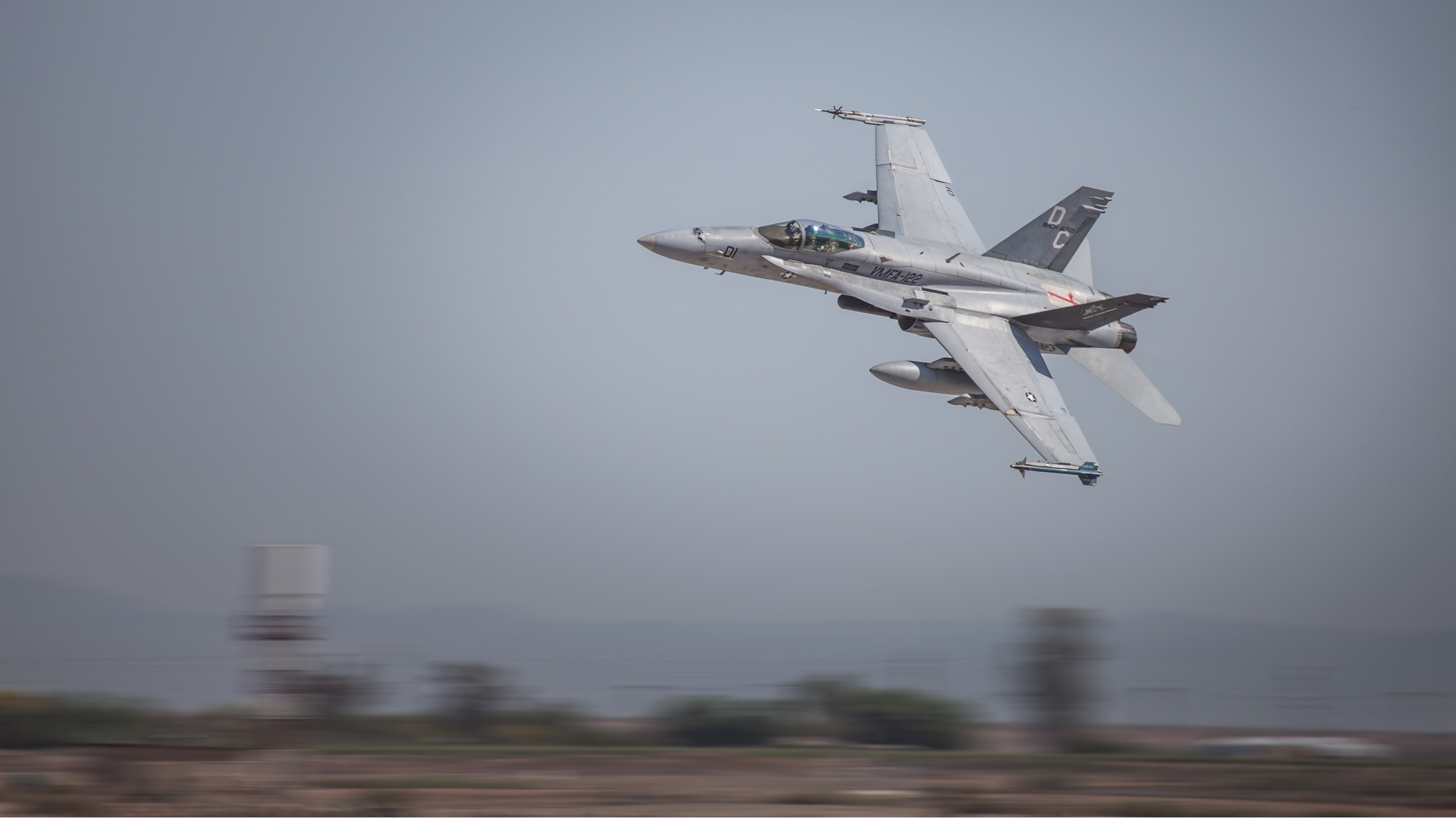mcdonnell douglas f/a-18 hornet military aircraft military vehicle aircraft