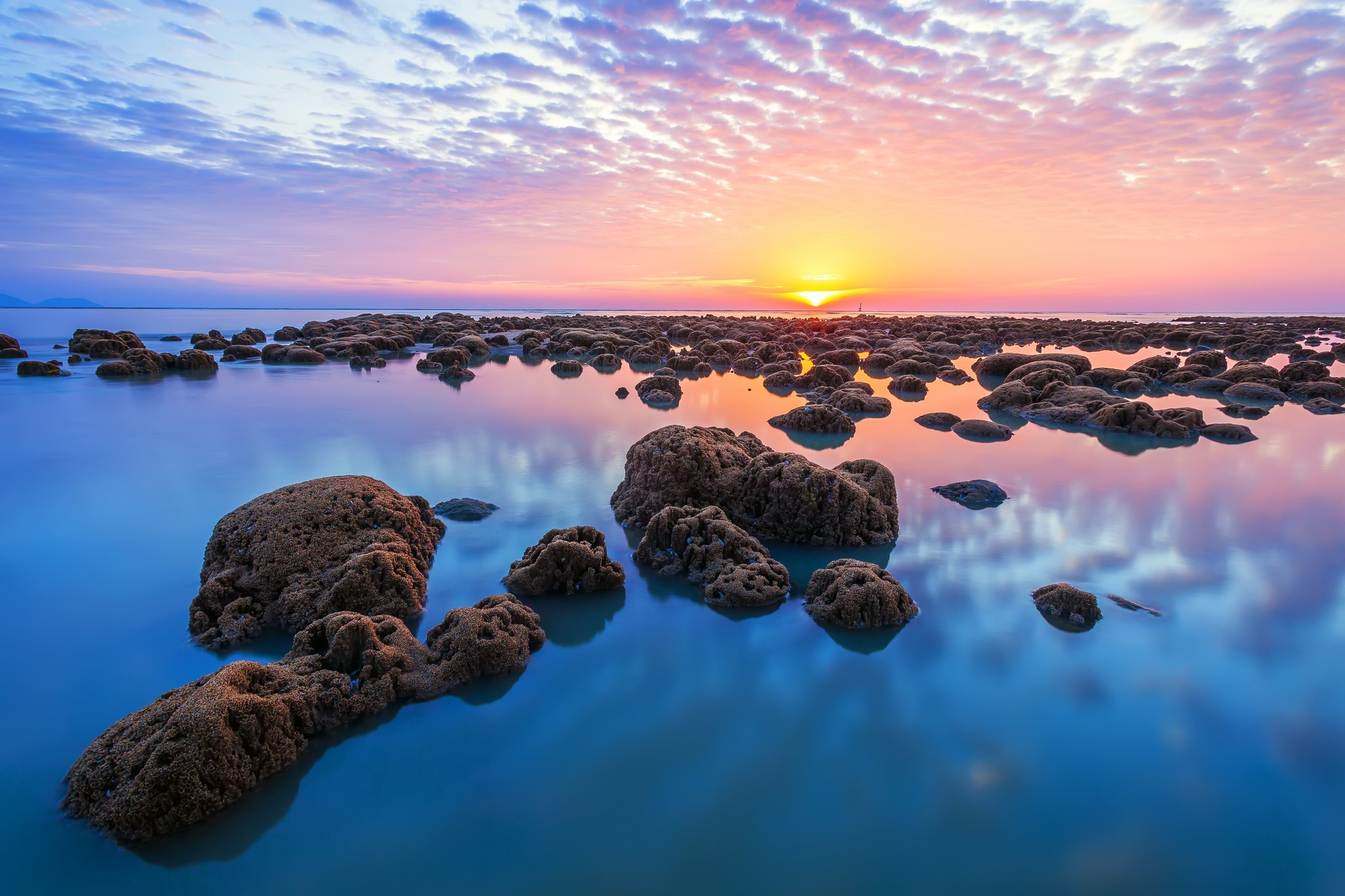 sea horizon landscape