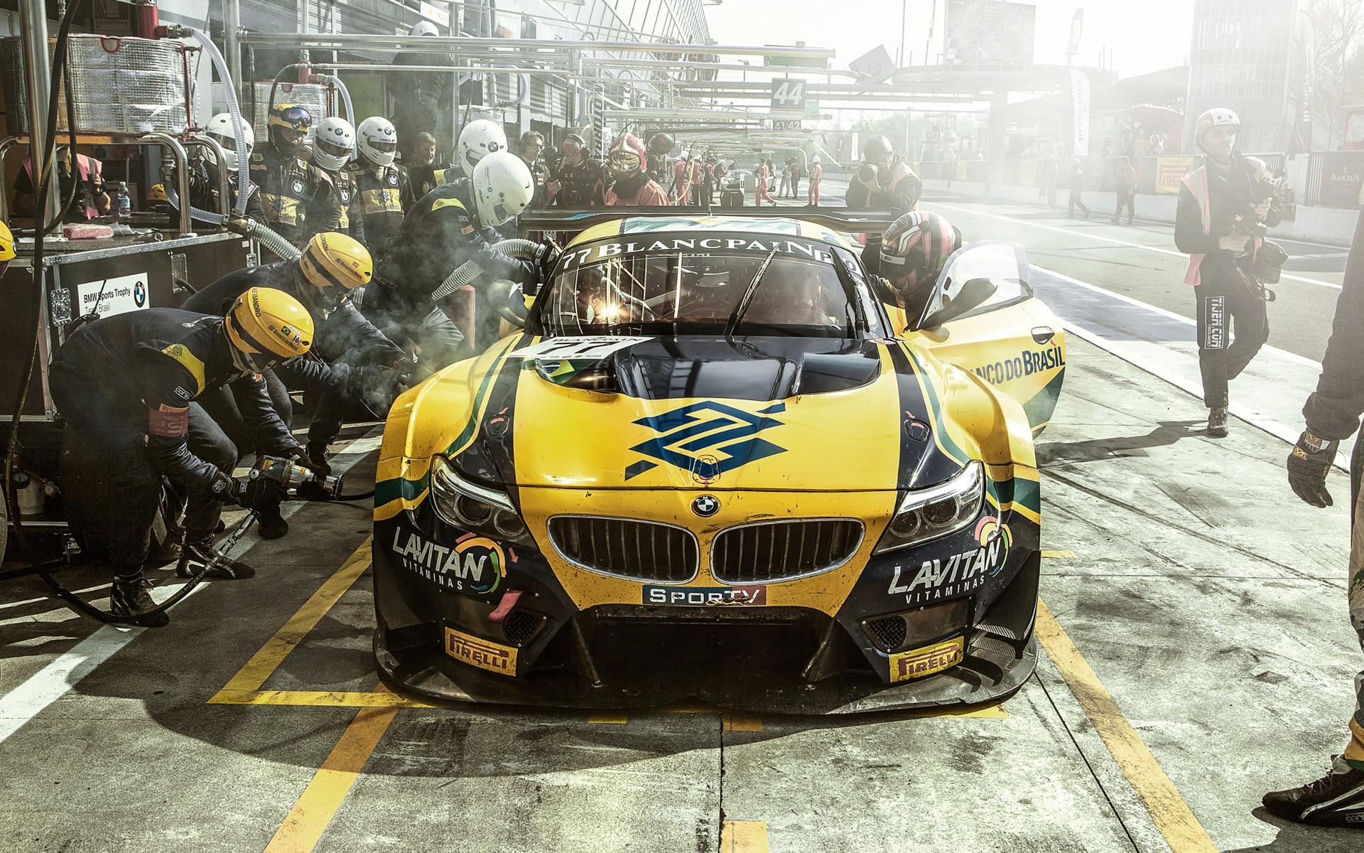 team brazil pit stop sports racing bmw race cars car