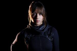 agents of s.h.i.e.l.d. simple background celebrity s.h.i.e.l.d. brunette actress marvel comics chloe bennet