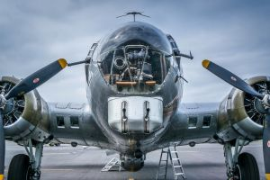 aircraft military vehicle boeing b-17 flying fortress