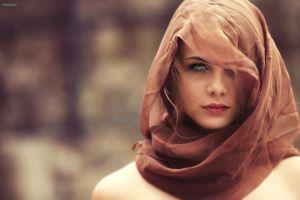 alessandro di cicco auburn hair women depth of field scarf face gray eyes