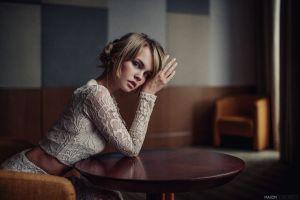 anastasia scheglova looking at viewer maxim guselnikov blonde table sitting women model