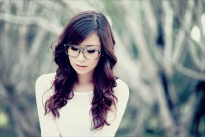 asian face women with glasses women