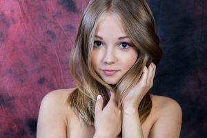 blonde jeff milton model face women bare shoulders hazel eyes