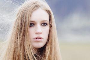 blonde juicy lips face women open mouth eyeliner green eyes