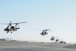 boeing ah-64 apache gunships military helicopters military aircraft