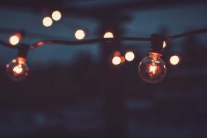 bokeh warm colors lightbulb lights