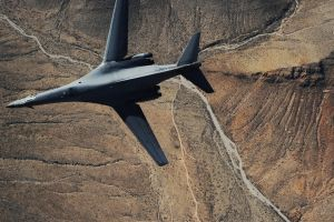 bomber military rockwell b-1 lancer warplanes military aircraft