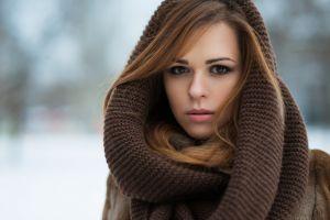 brown eyes long hair women outdoors looking at viewer pink lipstick brunette winter portrait brown coat coats