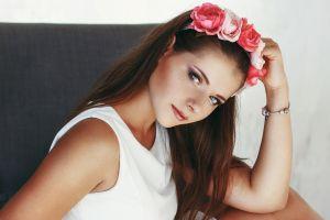 brunette anastasia lis women freckles white tops model hazel eyes