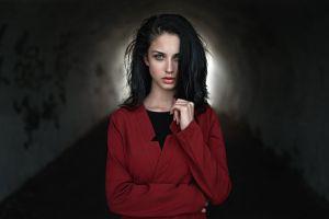 brunette coats tunnel blue eyes women juicy lips red coat georgy chernyadyev alla berger