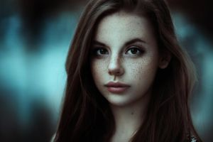 brunette long hair fair skin face portrait looking at viewer women brown eyes freckles