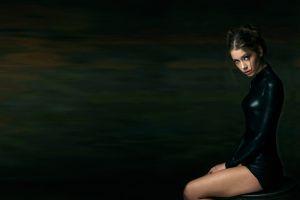 brunette women model